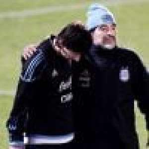 Diego Maradona opéré de la tête Lionel Messi lui apporte