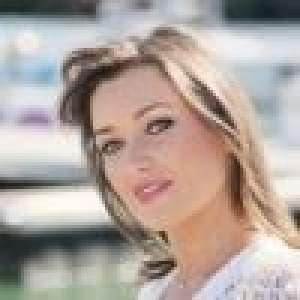 Elsa Esnoult : Comment elle aide ses fans à