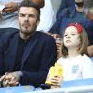 David Beckham embrasse (encore) sa fille de 9 ans sur la bouche, Victoria l'immortalise