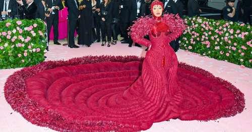 """11 """"Looks"""" inoubliables de stars sur le tapis rouge"""
