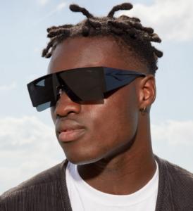 Komono : Ces lunettes de soleil ont été façonnées avec des étudiants
