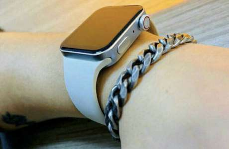L'Apple Watch Series 7 serait annoncée aux côtés des iPhone 13, mais avec un stock limité