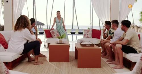 """Espagne. Ibiza boycotte l'émission de télé-réalité """"L'Île de la tentation""""El Mundo 26/05/2021 - 14:28"""