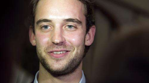 Joël Dicker, Guillaume Musso : les grands noms et best-sellers au secours du secteur de l'édition
