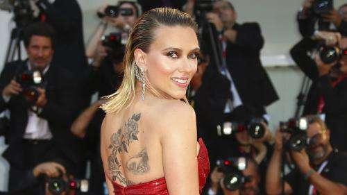 Accusations d'abus sexuels : l'actrice Scarlett Johansson prend la défense de Woody Allen