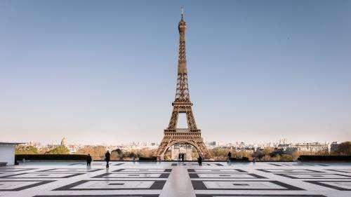 Confinement : un Paris vidé de ses habitants s'offre aux photographes