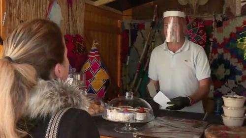 Dreux : les restaurateurs bénéficient des chalets du marché de Noël pour la vente à emporter
