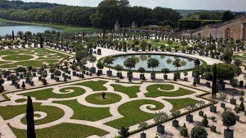 Château de Versailles : à la découverte d'un palais déserté de ses visiteurs
