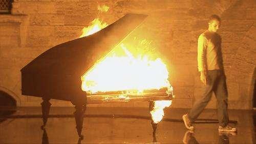 """""""Inferno"""", Romeo Castellucci dans les pas de Dante. En streaming gratuit. Le théâtre avec Des mots de minuit."""