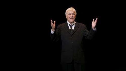 Un mélancomique qui faisait du drôle avec du triste : l'humoriste et comédien Guy Bedos est mort à l'âge de 85 ans