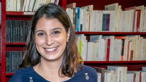 Caroline Laurent reçoit le prix Maison de la Presse pour