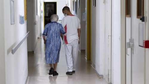Coronavirus : pourquoi la majorité des morts en Ehpad n'est pas liée à un décret autorisant l'euthanasie