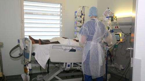 Coronavirus: 28nouveaux décès en 24heures en France à l'hôpital, où le nombre de malades continue de baisser