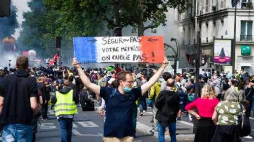 VIDEO. 14-Juillet : quelques milliers de manifestants dans plusieurs villes de France pour l'hôpital public