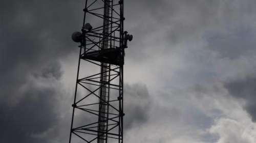 Jura : quatre ans et trois ans de prison ferme pour deux anti-5G qui avaient détruit une antenne-relais