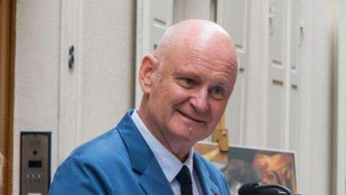 Un homme accuse l'ancien adjoint à la mairie de Paris Christophe Girard de l'avoir