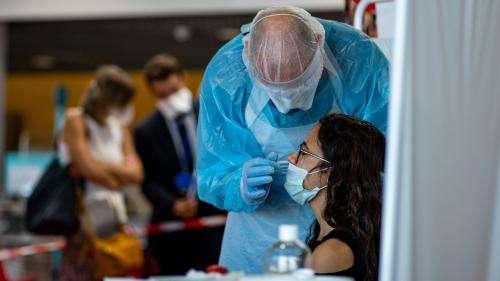 VIDEO. Coronavirus : au cœur des brigades sanitaires, en charge de tracer le virus