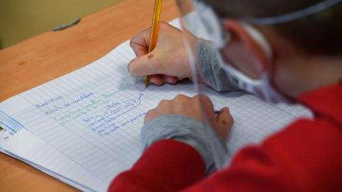 Coronavirus : la question de la gratuité dumasque pour les élèvesrevient