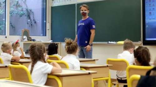 Coronavirus : les masques en tissu fournis aux professeurs ne sont pas assez protecteurs selon le SNUIPP-FSU, 1er syndicat du primaire