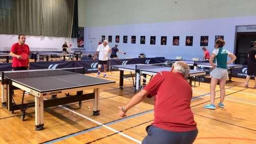 Le ping-pong pour lutter contre la maladie d'Alzheimer : «On a vu des malades se métamorphoser» @franceinfo