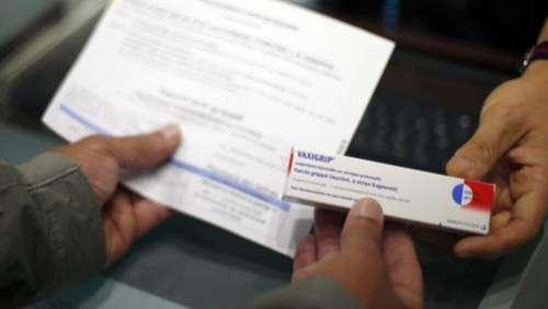 Covid-19 : pourquoi les appels à la vaccination contre la grippe saisonnière se multiplient