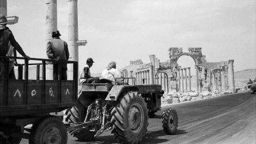 À Marseille, un voyage photographique émouvant au cœur de la Syrie antique avant la destruction de ses sites