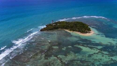 Le journal des Outre-mers. La Guadeloupe en alerte rouge Covid