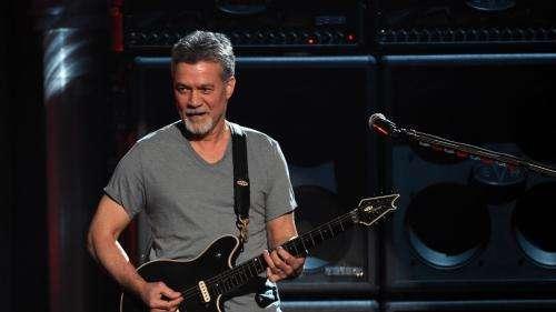 Le guitariste Eddie Van Halen, fondateur du groupe du même nom, et auteur du titre