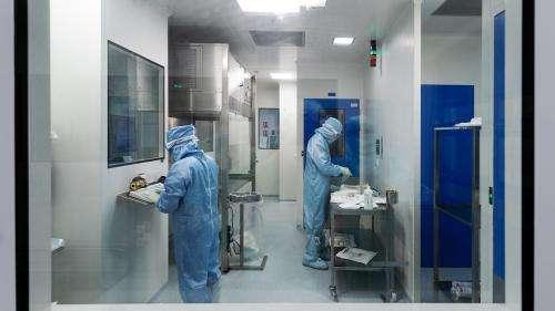 Coronavirus : l'Inserm a reçu 25 000 candidatures de volontaires pour tester des vaccins en 10 jours