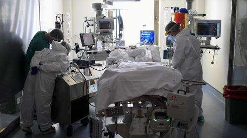 Nord : l'hôpital de Roubaix saturé à cause de la deuxième vague de coronavirus