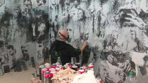 Le street-artiste Guy Denning reconstitue en Alsace sa fresque de la Tour 13 de Paris aujourd'hui disparue