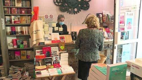 Didier van Cauwelaert, Alexandre Jardin... Les auteurs soutiennent la librairie de Cannes, restée ouverte malgré l'interdiction