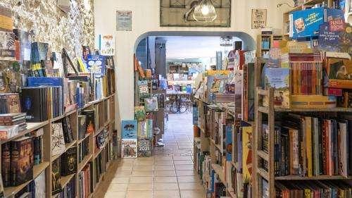 Reconfinement : la librairie frondeuse de Cannes refuse de fermer malgré une mise en demeure