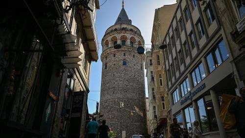 Travaux expéditifs, monuments endommagés : en Turquie, des restaurations bâclées suscitent l'inquiétude