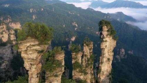 Chine : les montagnes deZhangjiajie, un véritable trésor de la nature