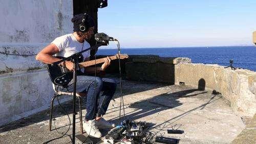 Kwoon, le guitariste qui transporte sa musique planante aux quatre coins du monde