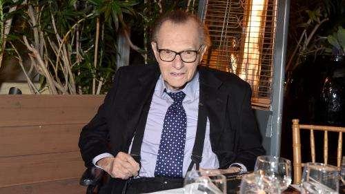 Le journaliste Larry King, légende de la télévision américaine, est mort à l'âge de 87ans