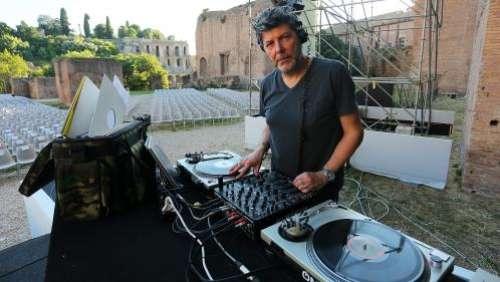 Le DJ italien Claudio Coccoluto, figure de la scène électronique internationale, est mort à 59 ans