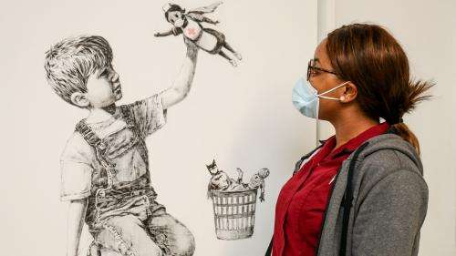 Banksy met en vente l'œuvre offerte à un hôpital, au profit du système de santé britannique