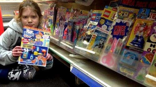 À seulement 10 ans, la Britannique Skye Neville se bat contre les jouets en plastique dans les magazines
