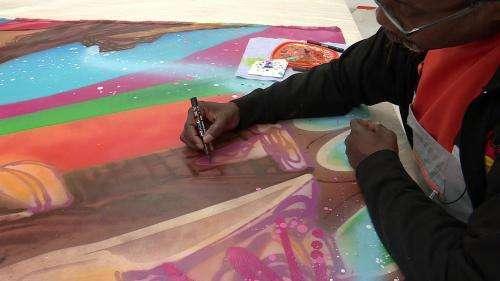 À Marseille, le pionnier du street art américain Kool Koor prépare sa nouvelle exposition