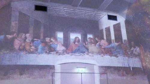 La Joconde, la Cène et dix-sept grandes œuvres de Léonard de Vinci exposées dans une galerie virtuelle sur les murs du château du Clos Lucé