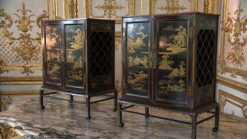 Deux cabinets japonais restitués au château de Chantilly, 45 ans après avoir été volés