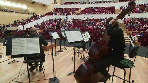 A Lille, spectateurs et musiciens émus pour le concert symphonique de reprise de l'ONL