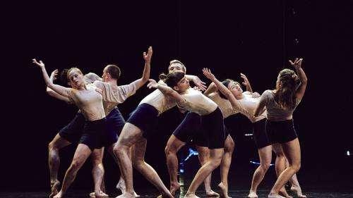 Biennale de la danse de Lyon : retour au geste pur avec Yuval Pick et son