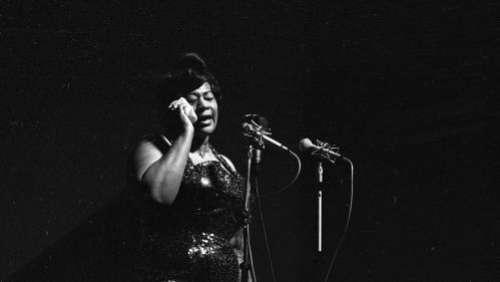 Ella Fitzgerald, l'éternelle voix iconique du jazz disparaissait il y a vingt-cinq ans