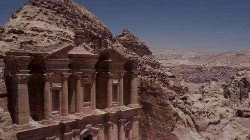 Jordanie : le site archéologique de Pétra se réveille
