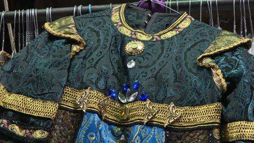 L'Opéra Grand Avignon met en vente 4 000 costumes issus de ses productions