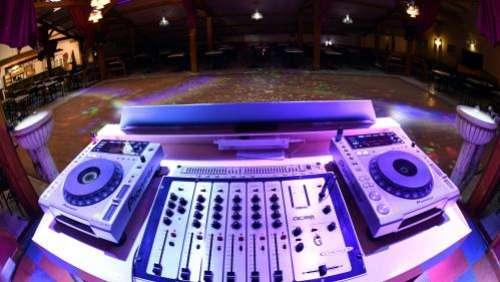 Covid-19 : les soirées tests dans les discothèques de Paris annulées faute de volontaires, annoncent les organisateurs