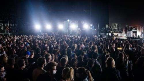 Fin des jauges dans les cinémas, retour des concerts debout, pass sanitaire... Ce qui change pour la culture ce mercredi